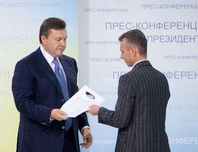 Janukovic riceve la petizione