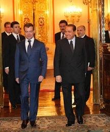 Medvedev e Berlusconi a Mosca