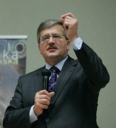 Il neo-presidente polacco Komorowski