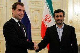 Crisi in Medio Oriente, Ahmadinejad chiama Medvedev