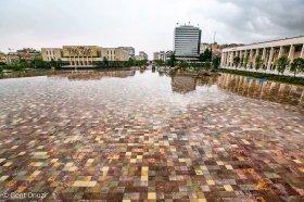 Piazza Skanderbeg a Tirana (foto G.Onuzi)